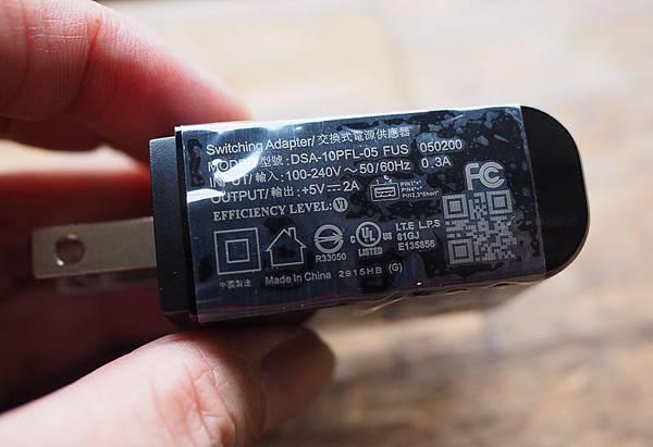 InFocus M812 開箱-4