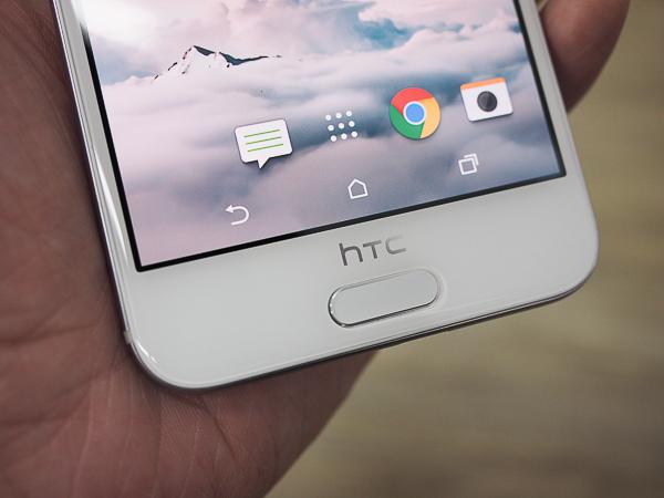 HTC A9 開箱、保護貼-37