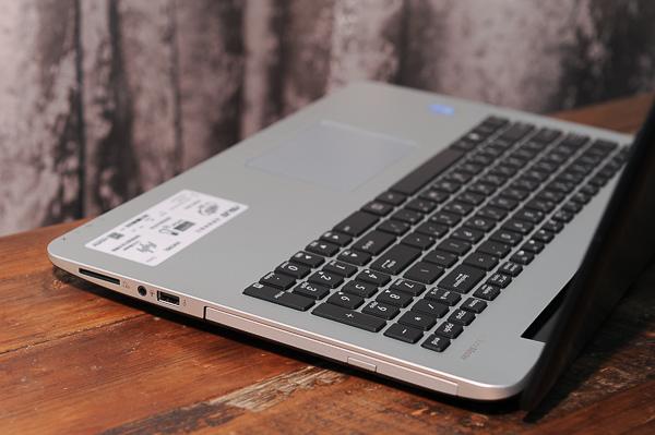 ASUS Vivobook 4k-21