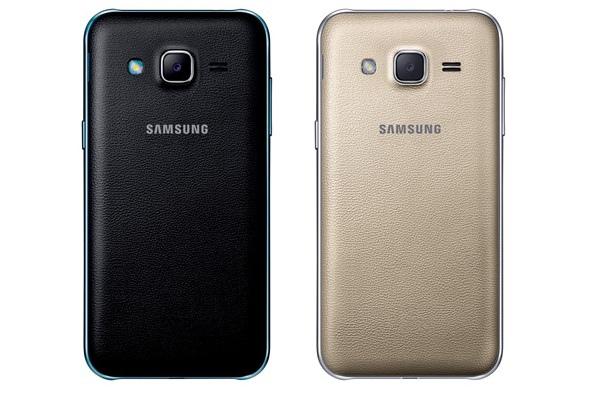 Galaxy J2相機搭載500萬畫素主鏡頭及F2.2大光圈,更支援手掌自拍功能