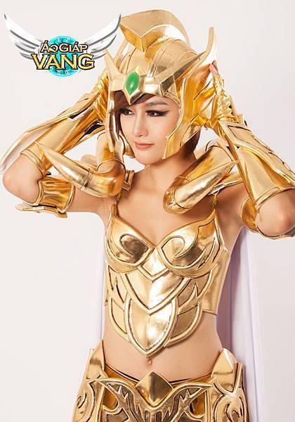 ao_giap_vang_tung_tron_bo_cosplay_muc_giap_7