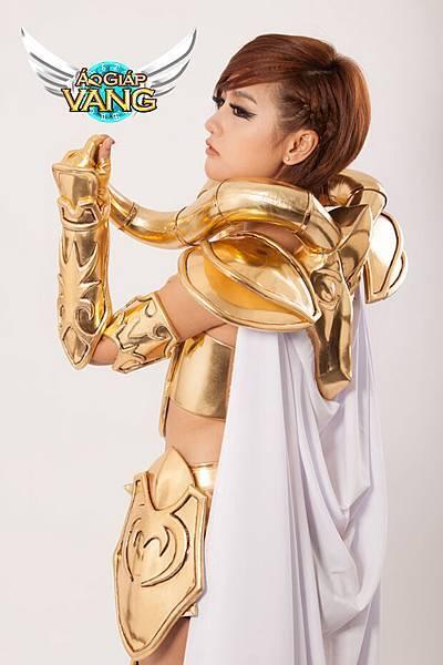ao_giap_vang_tung_tron_bo_cosplay_muc_giap_8