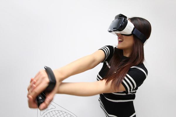 rink是專為VR行動裝置設計的手勢動作控制器,於虛擬實境世界中可進行更直覺與細微的互動