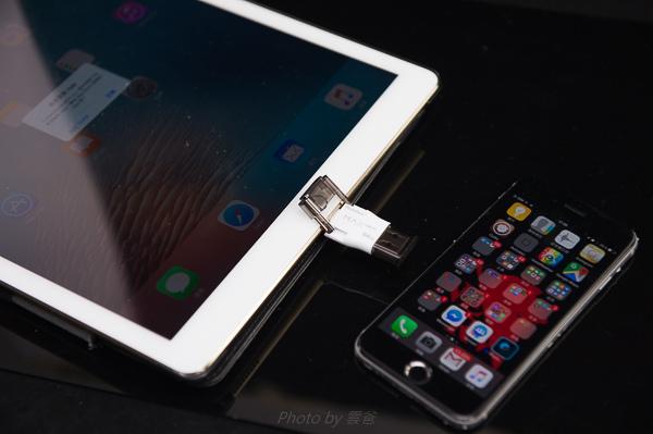 PhotoFast 蘋果microSD讀卡機-88