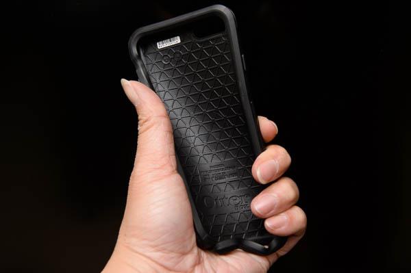OtterBox Symmetry璀璨水晶限量版手機保護殼-21
