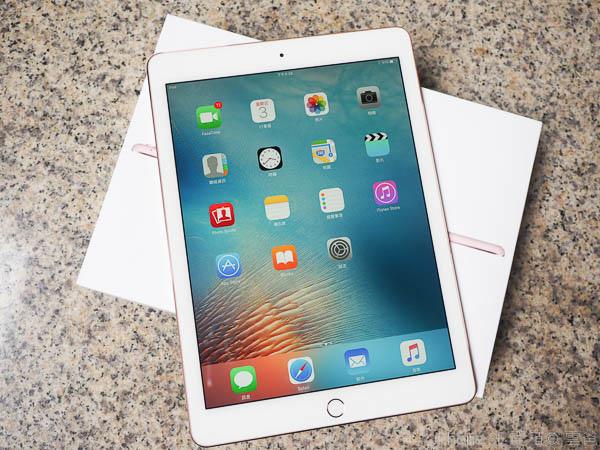 iPad Pro 9.7 玫瑰金新色+ Apple Pencil 超好用-49
