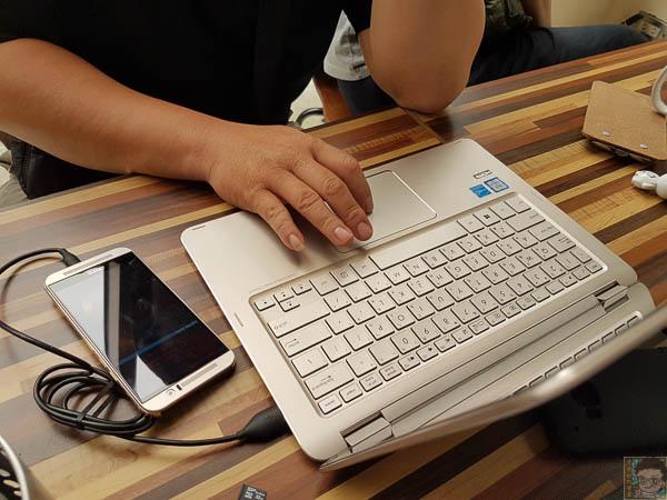 Zenbook UX360 開箱-514