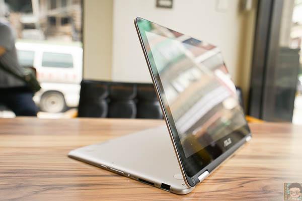 Zenbook UX360 開箱-510