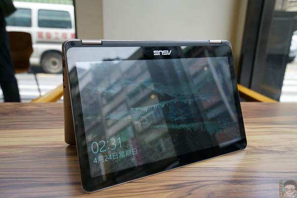 Zenbook UX360 開箱-513