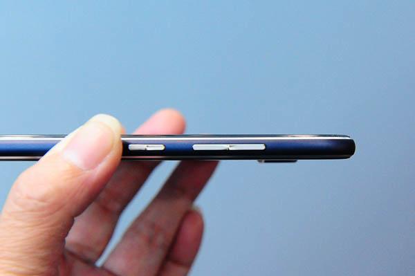 ZenFone 3 Unboxing-98