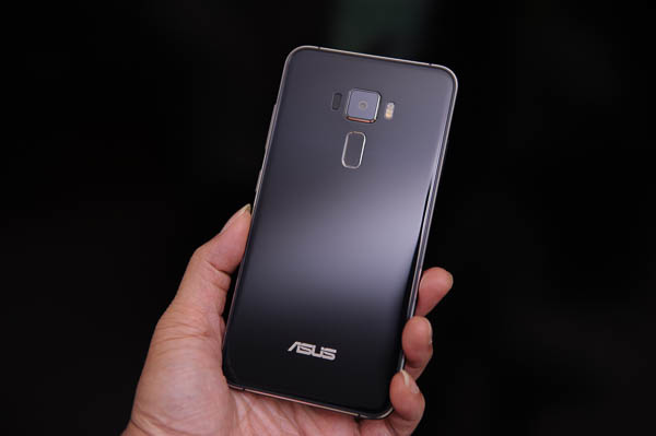 ASUS ZenFone 3 開箱、評測、實拍照-56