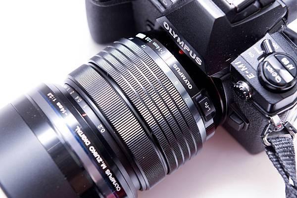 開箱-OLYMPUS 7-14mm F2.8 PRO-56