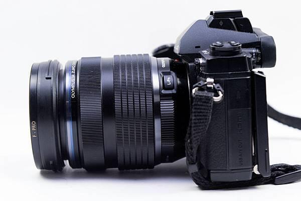 開箱-OLYMPUS 7-14mm F2.8 PRO-22