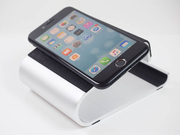 Quaddro 品牌-Apple手錶、手機二合一立座-11