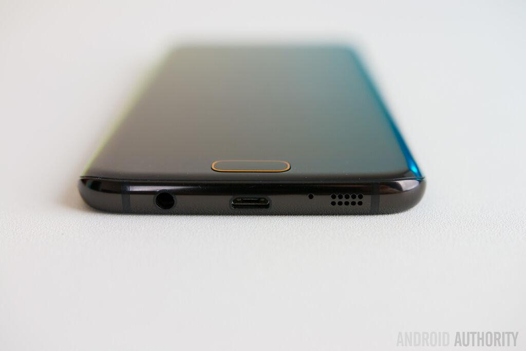 Samsung-Galaxy-S7-Edge-Olympic-Edition-12