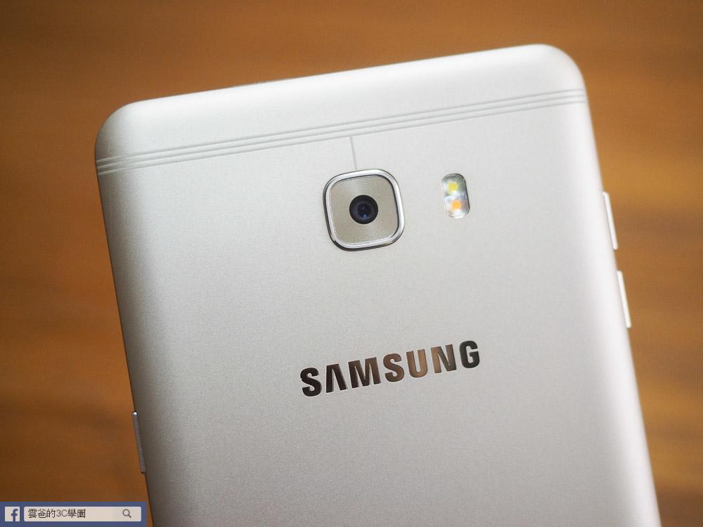 手遊專用! 6G Ram、超長續航力 - Samsung C9 Pro 開箱、評測、遊戲實測-14