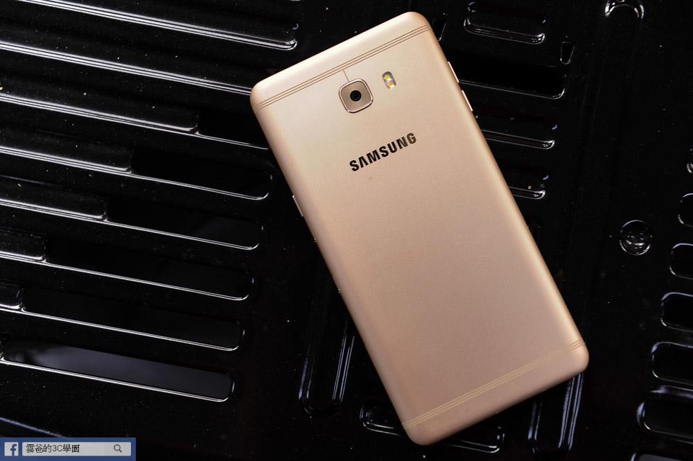 手遊專用! 6G Ram、超長續航力 - Samsung C9 Pro 開箱、評測、遊戲實測-180