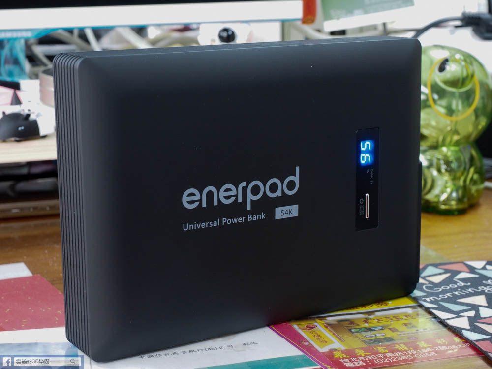 開箱-Enerpad AC-54K 萬用AC行動電源(54000 mAh)-17