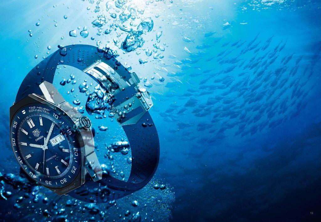 TAG Heuer Connected Modular 45智能腕錶具備50米防水性能。