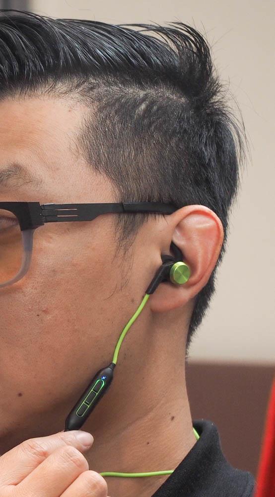 開箱 1MoreiBFree 運動藍牙耳機-36