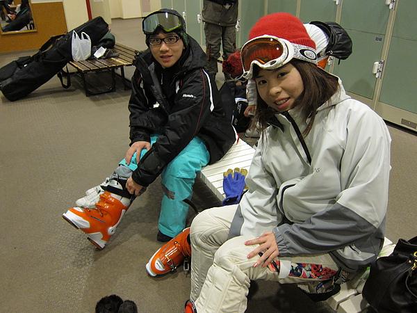 0208, 小孩三人去kiroro滑雪