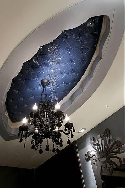 餐廳區天花板