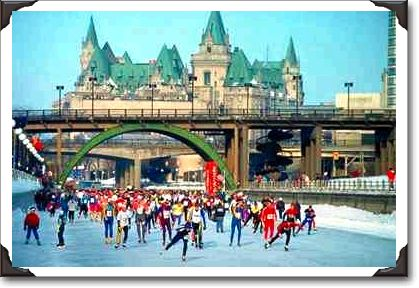 45Skaters%20on%20the%20Rideau%20Canal,%20Ottawa,%20Ontario.jpg