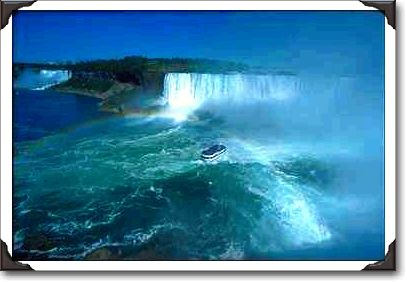 22Maid%20of%20the%20Mist%20in%20Horseshoe%20Falls,%20Niagara%20Falls.jpg