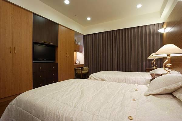 適度的收納空間和娛樂設備,營造美好的生活品質