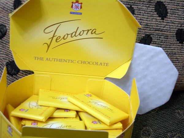 沒有很甜的巧克力,很好吃喔!