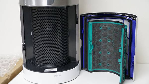 Dyson TP04內含兩片濾網