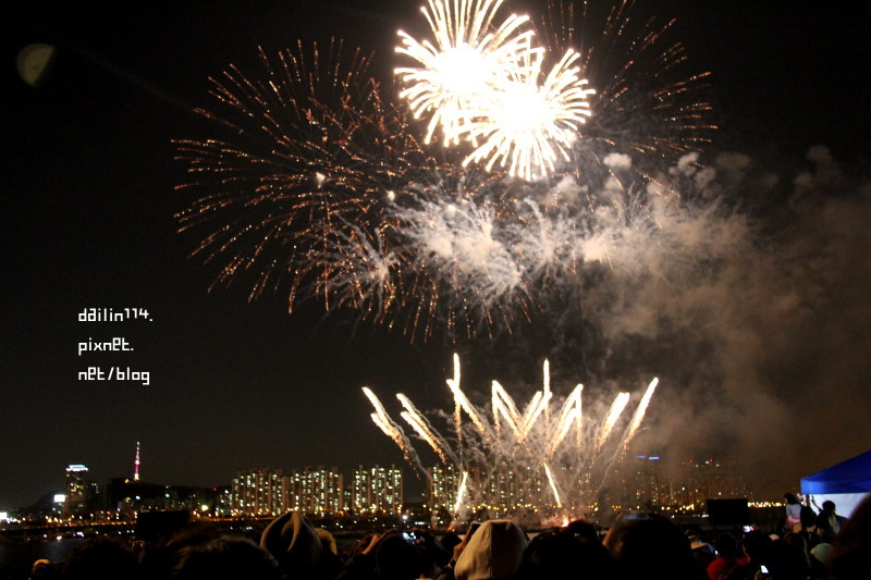 【首爾世界煙火節】漢江汝矣島.草地野餐|超級精彩韓國首爾煙火影片 서울세계불꽃축제 @GINA環球旅行生活|不會韓文也可以去韓國 🇹🇼