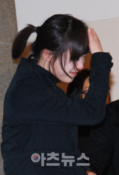 張子妍的葬禮上花樣男子的演員劇組弔唁