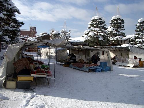 006阵屋前菜市场(冬).jpg