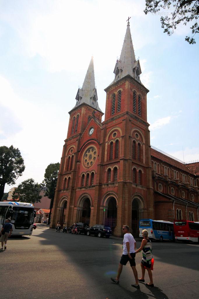 胡志明2紅教堂.jpg