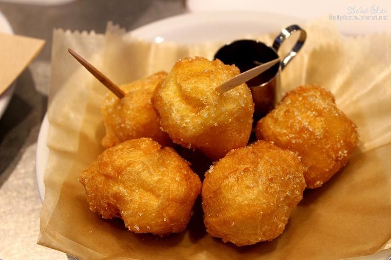 青山店限定的法式甜甜圈.jpg