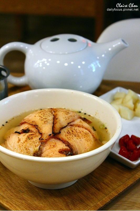 鮭魚茶泡飯2(001).jpg