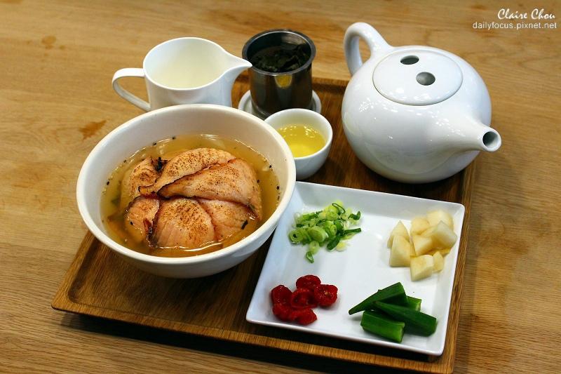 鮭魚茶泡飯(001).jpg