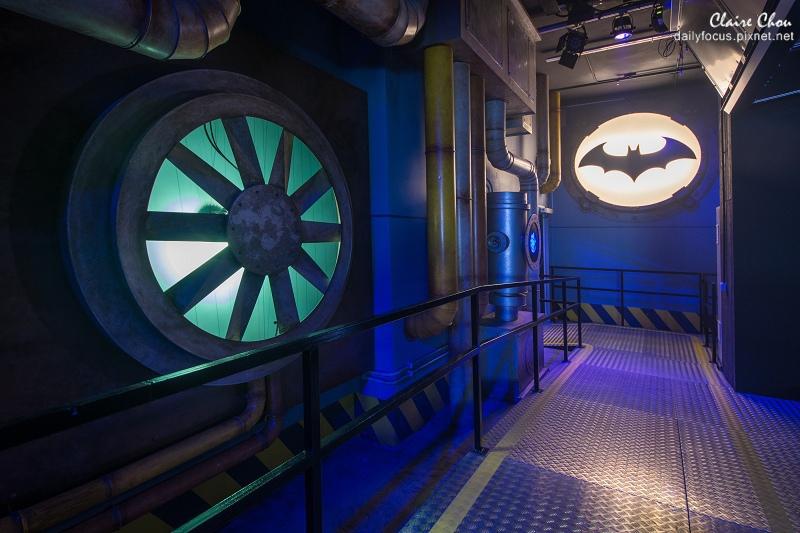 「蝙蝠俠夜神飛馳」4D數位遊樂設施,