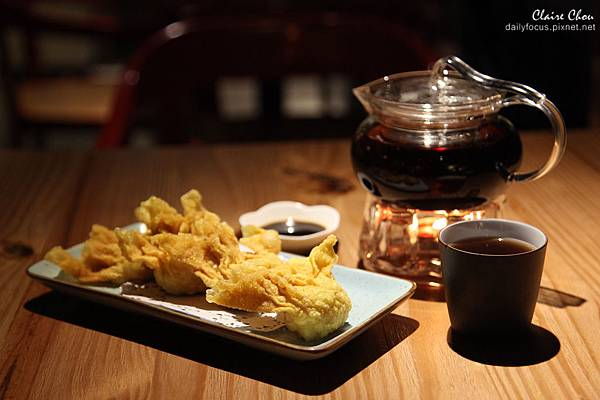 以往予人老氣印象的港點茶樓,經現代茶餐廳重新演譯,一盅兩點也能呈現夜店潮味。 (2).jpg