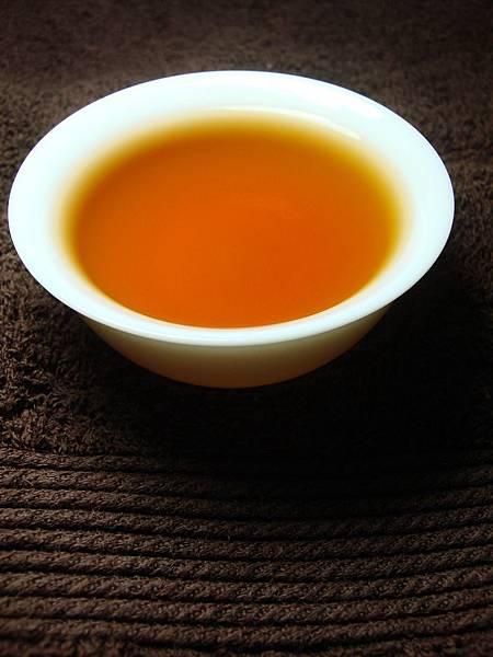 琥珀色的金萱紅茶