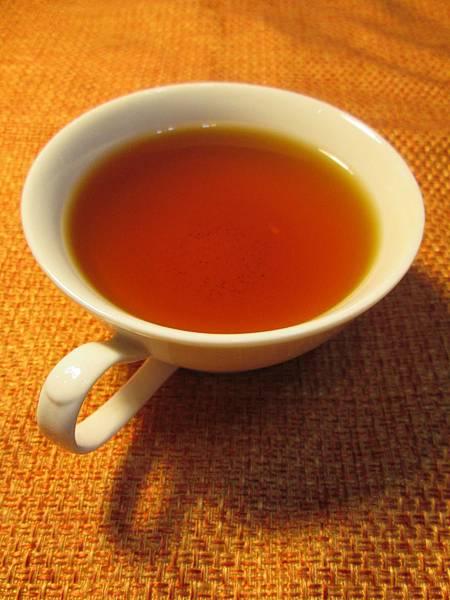 金萱冬片紅茶15