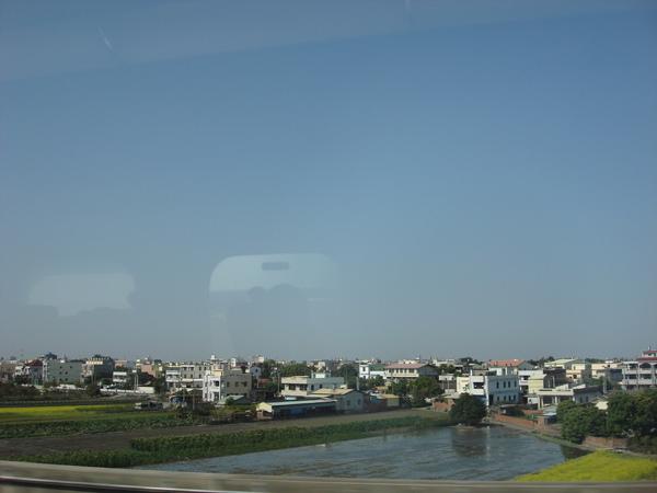 高鐵風景2.jpg