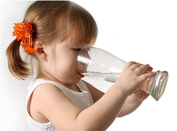 girl-drinking-water.jpg