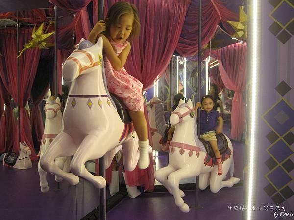 [3Y0M0D]和小紅開心在《蘇荷兒童美術館》