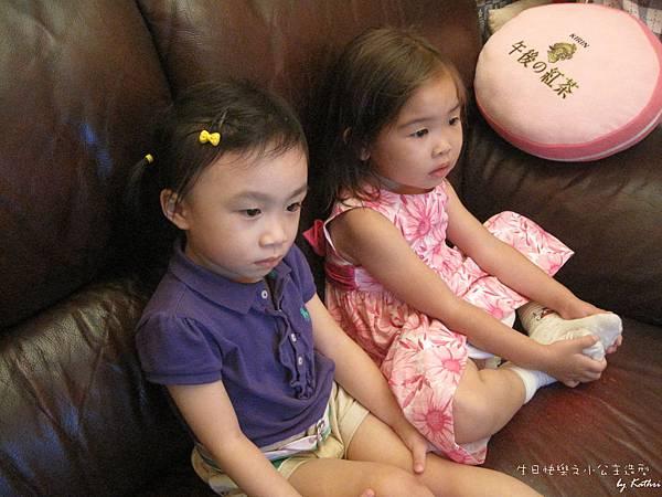 [3Y0M0D]在小紅家一起看迪士尼