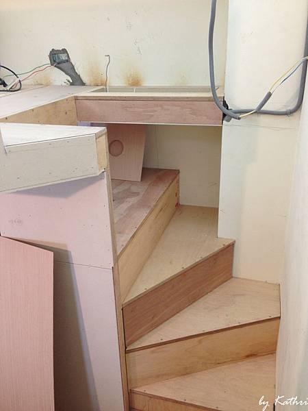 妞妞的小樓梯