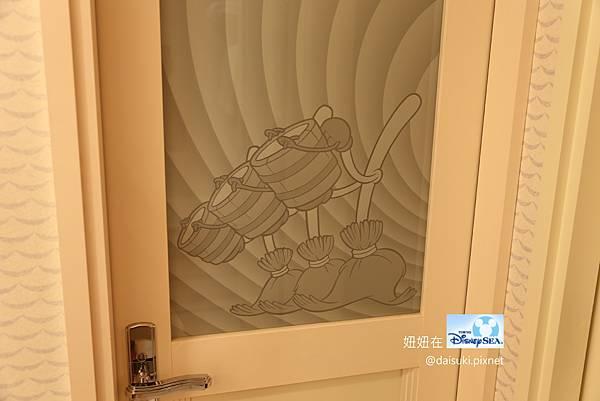 DAY3 浴室門(可愛~~)