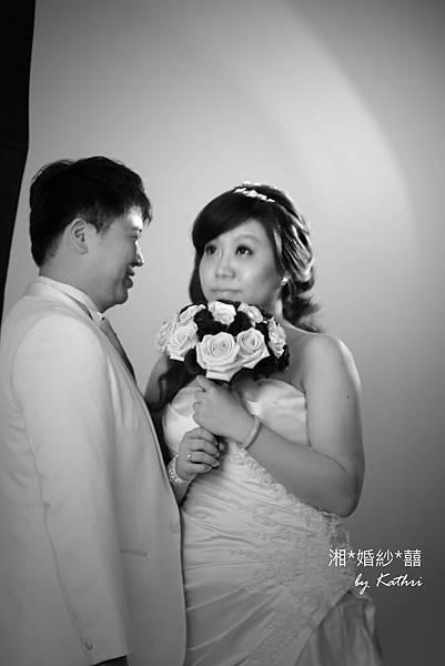 IMG_0442x「娶我嗎?娶我嗎娶我嗎娶我嗎~~~」「呵呵。(耍什麼白癡)」.jpg