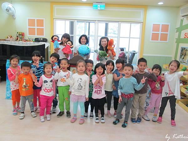 活動140509_日本Earth Paper Theater Kids-手偶海洋生態保護美語戲劇.JPG